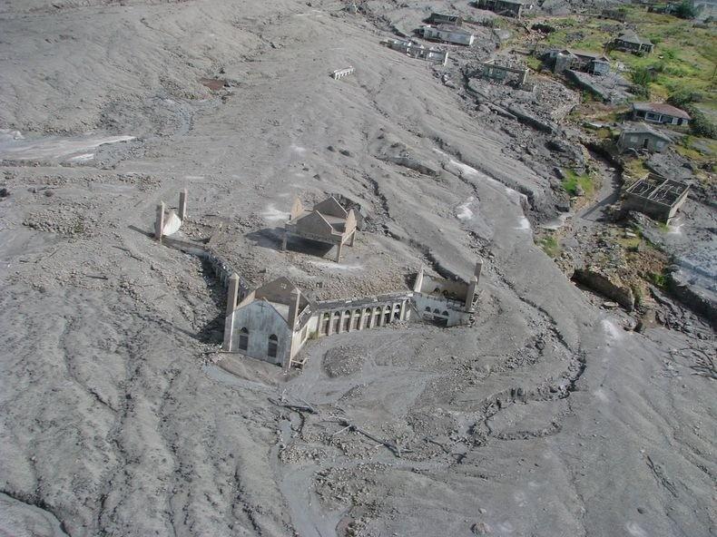 Montserrat05 Современная Помпея