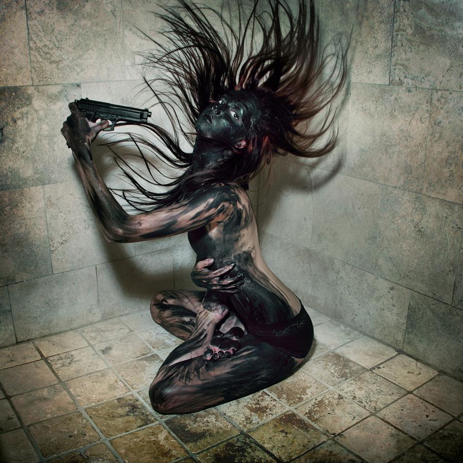 avtoportretixanni 13 Мрачные и необычные автопортреты Твиг Капры из Нью Йорка