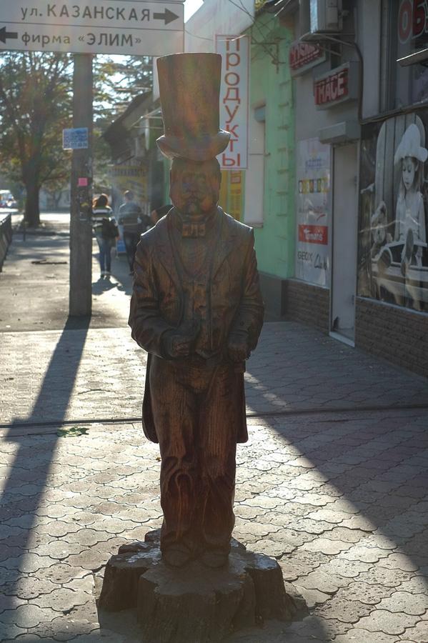 derevyanniestatui 14 Деревянные скульптуры в Симферополе