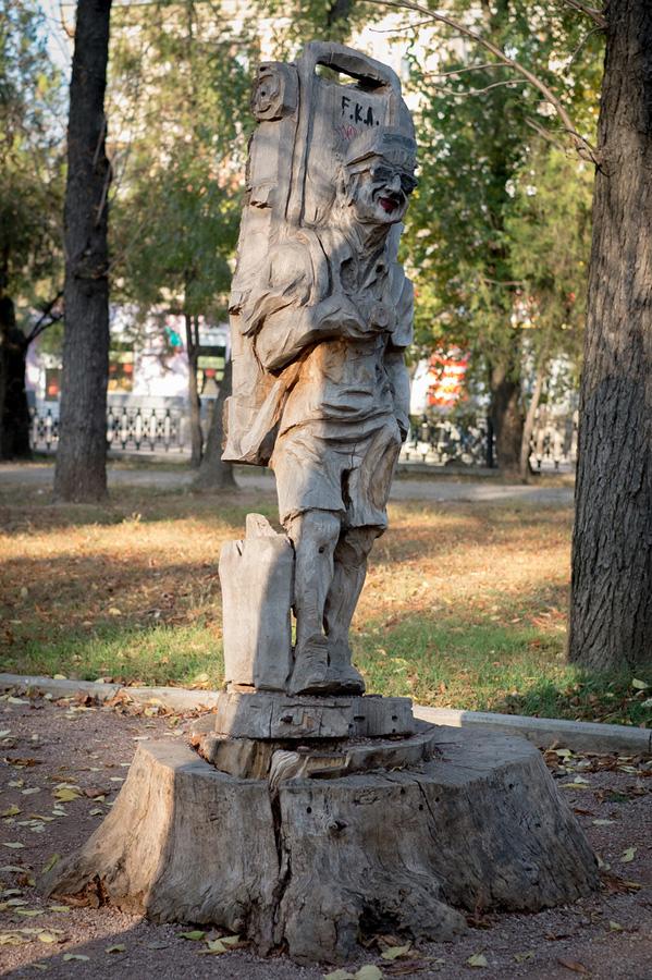 derevyanniestatui 17 Деревянные скульптуры в Симферополе