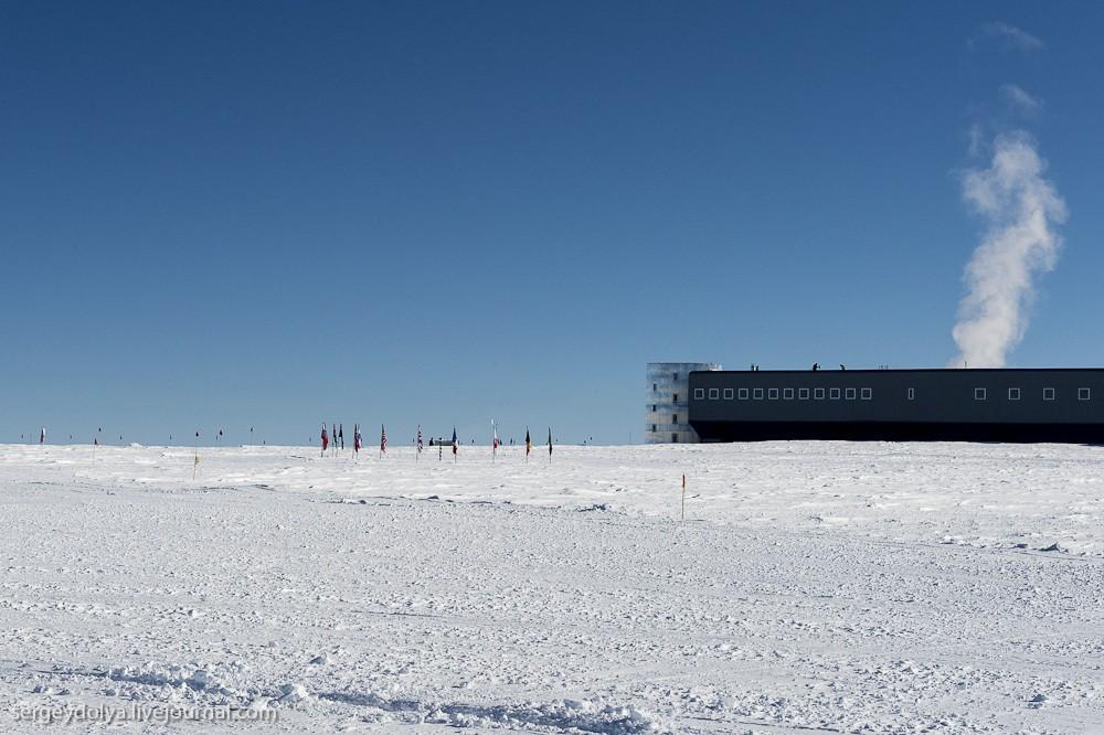 restation06 Антарктическая станция на Южном полюсе Амундсен   Скотт