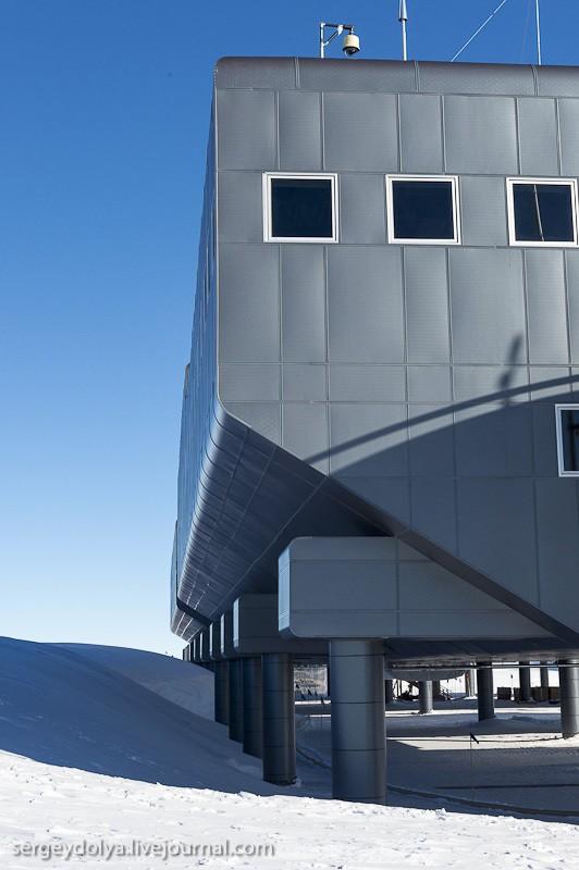 restation08 Антарктическая станция на Южном полюсе Амундсен   Скотт