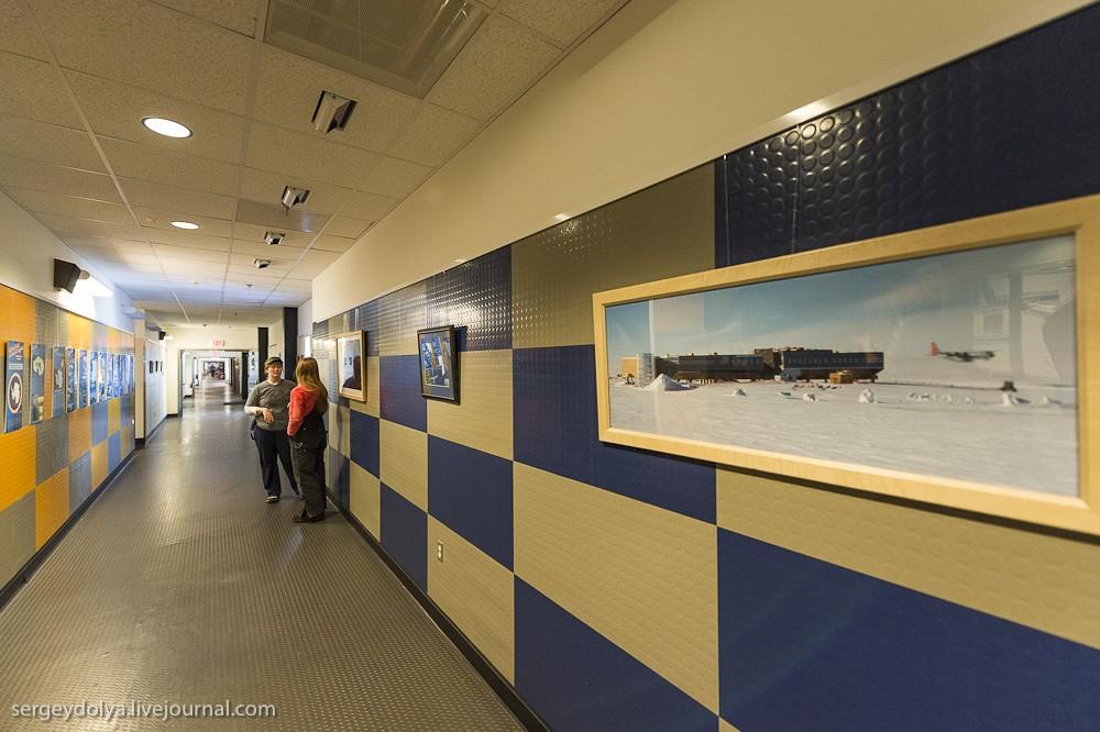 restation16 Антарктическая станция на Южном полюсе Амундсен   Скотт