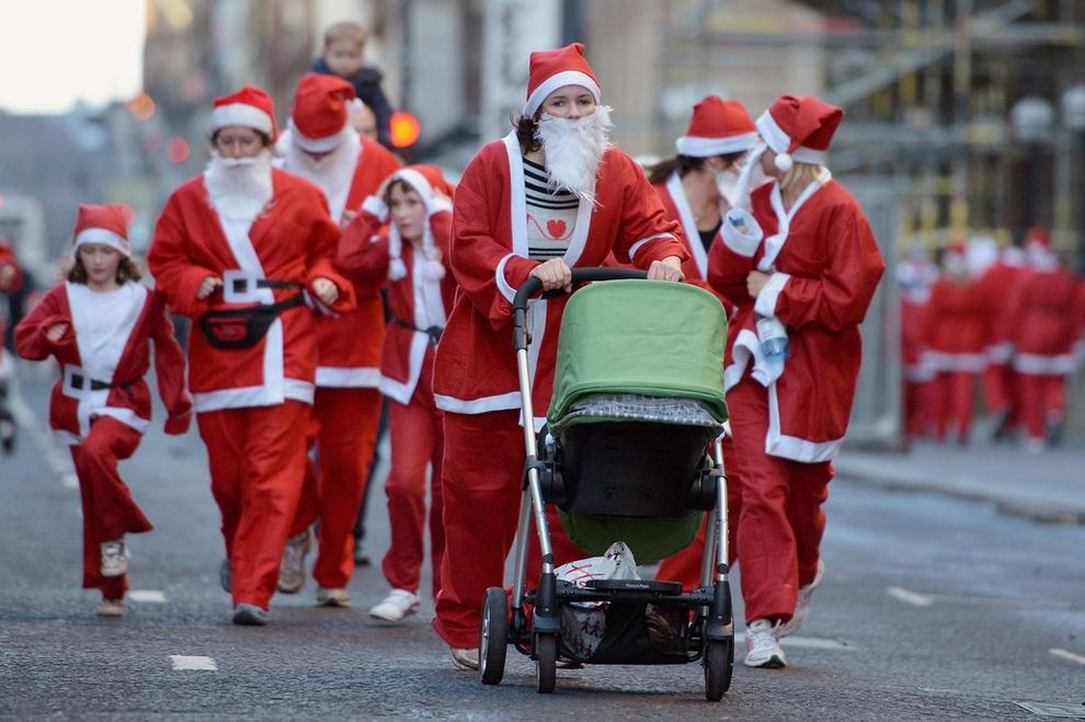 zabegisanti 2 Забеги Санта Клаусов охватили Европу