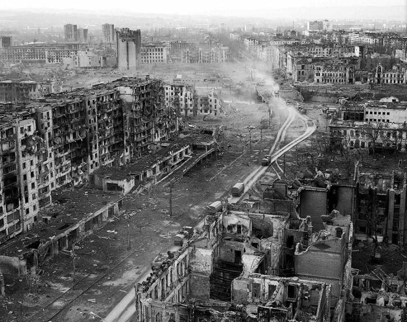 """""""Лисичанск. Несколько дней без войны"""": после оккупации террористами город лежит в руинах - Цензор.НЕТ 2370"""