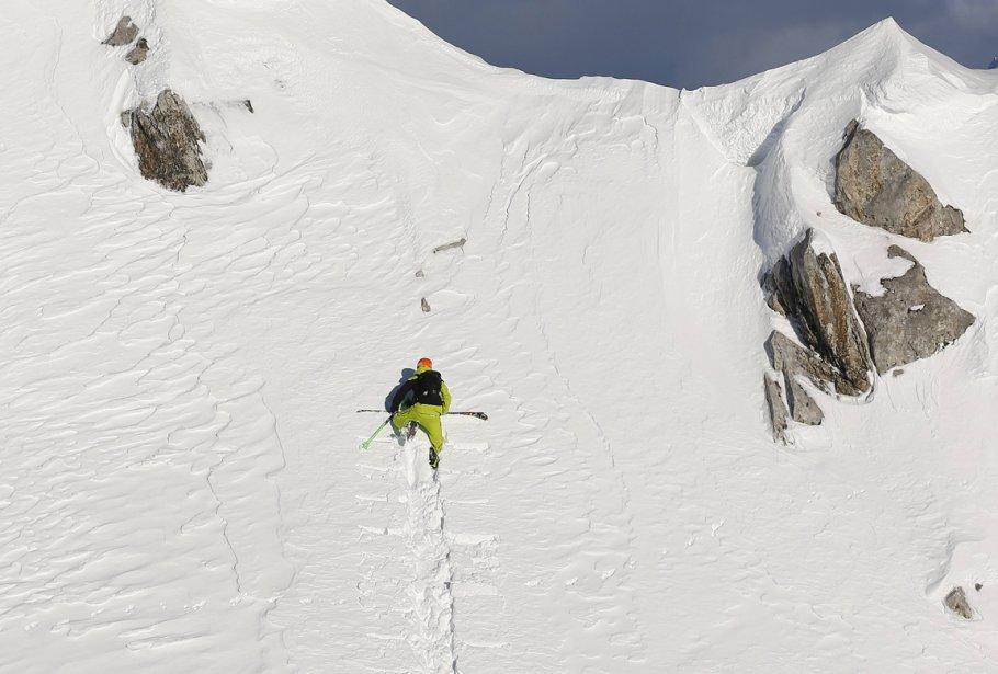 Innsbruck03 Горнолыжный спуск в небе над Инсбруком