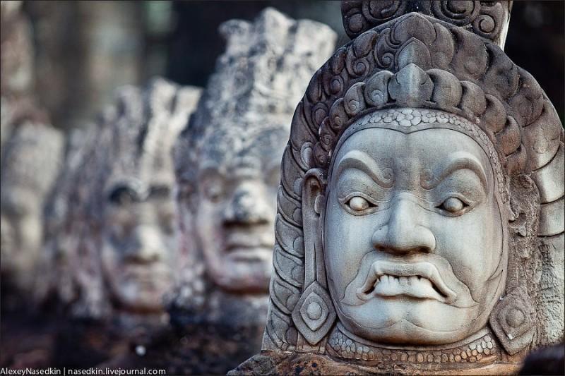 angkor01 800x533 Ангкор: Обыкновенное чудо или просто визитка Камбоджи