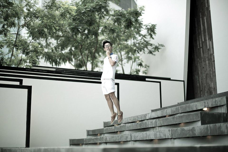 levitationsg05 Удивительные фотографии парящих в воздухе людей из Сингапура. Никакого фотошопа!