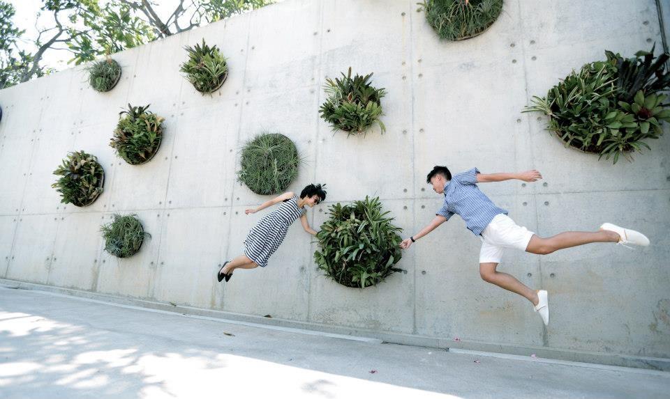 levitationsg07 Удивительные фотографии парящих в воздухе людей из Сингапура. Никакого фотошопа!