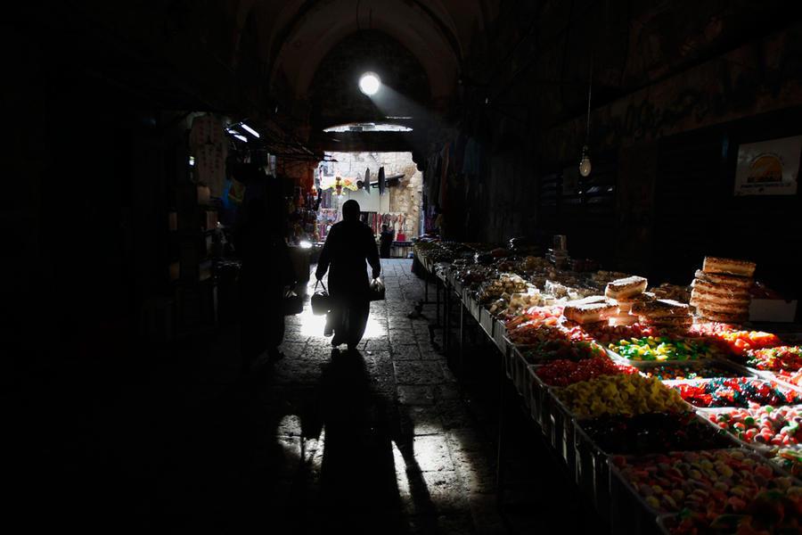 Тень и свет в фотографиях