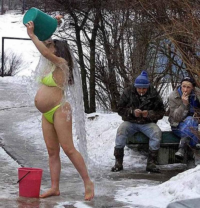 meanwhile07 Тем временем в России