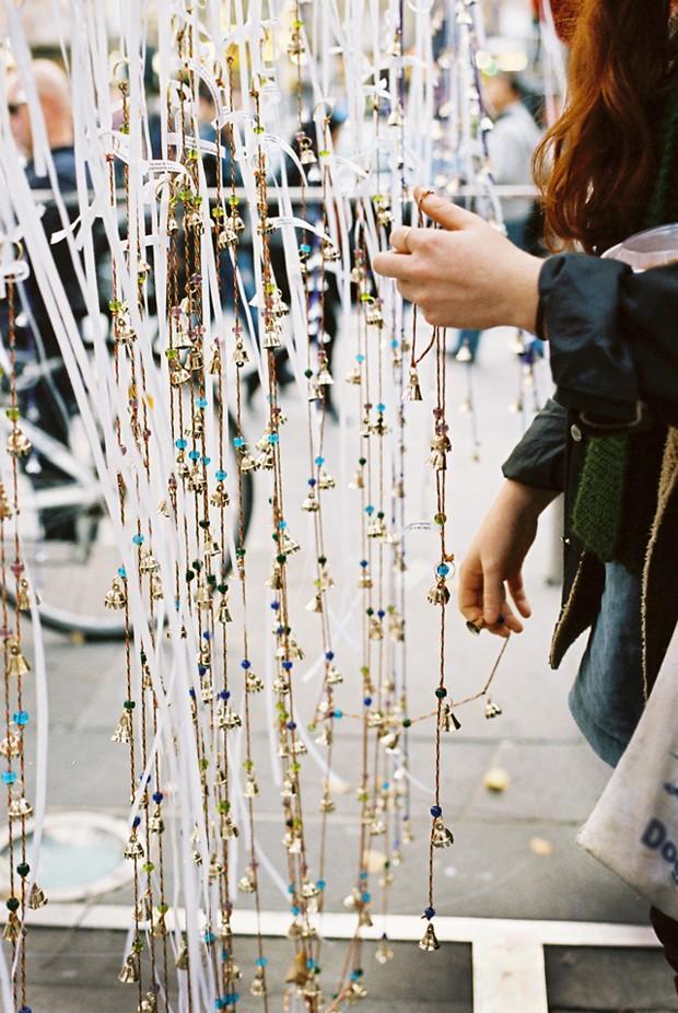 melodicbells04 12 тысяч бубенцов на дереве