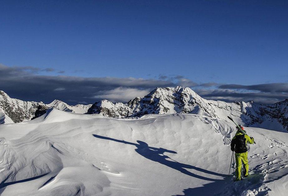 miscelanious011 Горнолыжный спуск в небе над Инсбруком