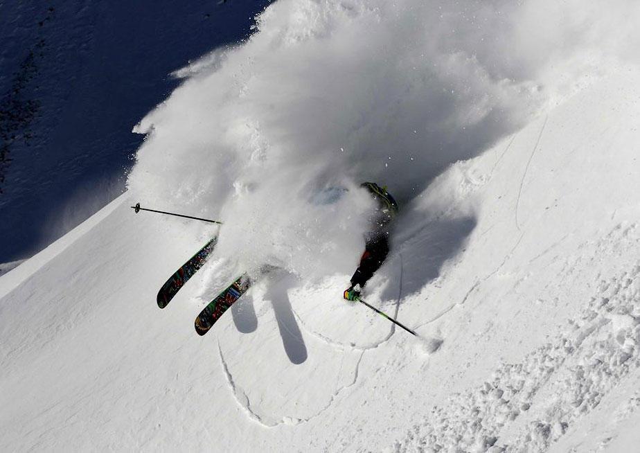 miscelanious021 Горнолыжный спуск в небе над Инсбруком