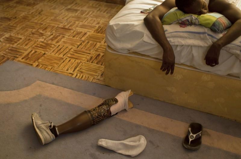 История человека, который потерял ногу в результате землетрясения, но продолжил танцевать