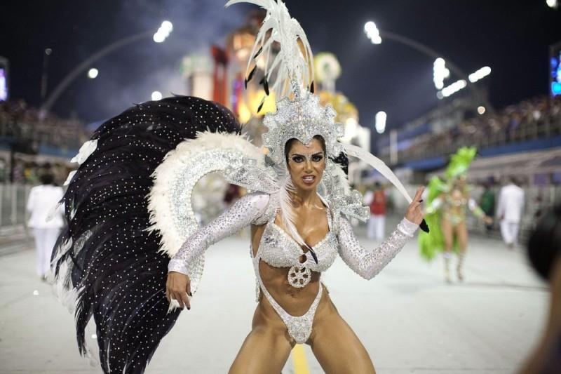 Секс вечеринка на карнавале в бразилии