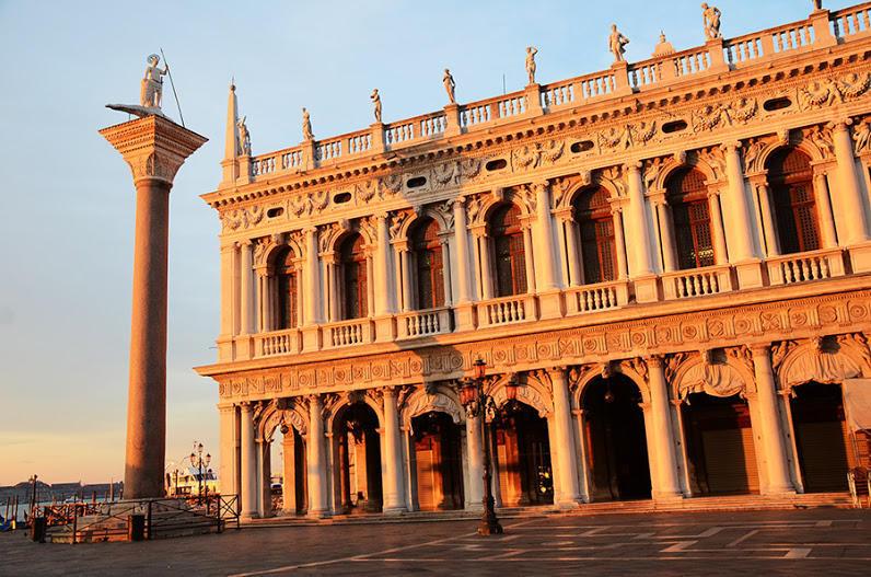 http://bigpicture.ru/wp-content/uploads/2013/02/Venezia06.jpg