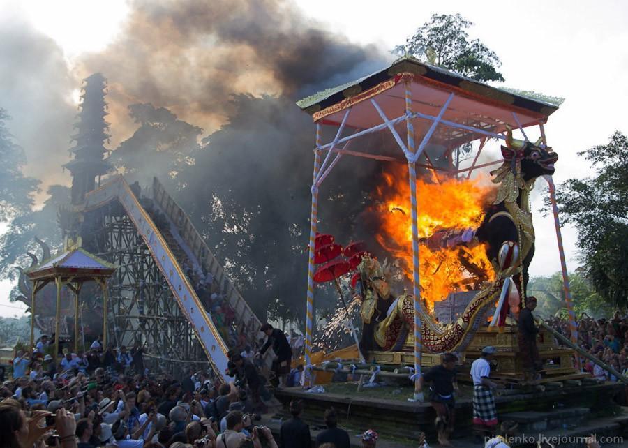 cremation10 Церемония кремации