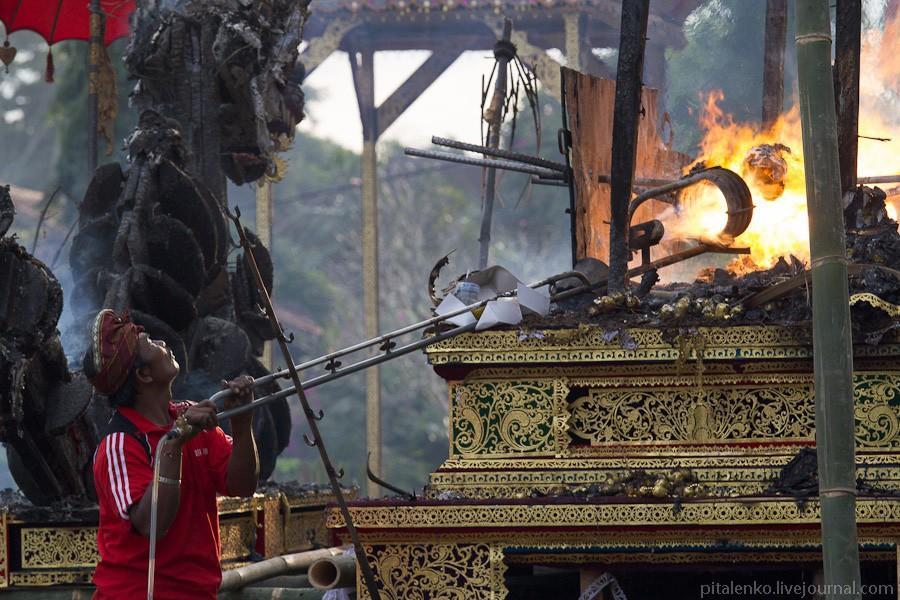 cremation14 Церемония кремации