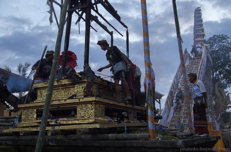 cremation21 Церемония кремации