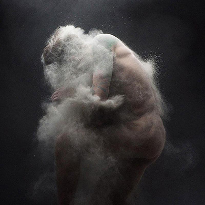 olivier0 Прах нетривиальная эротика от Оливера Вальсеччи