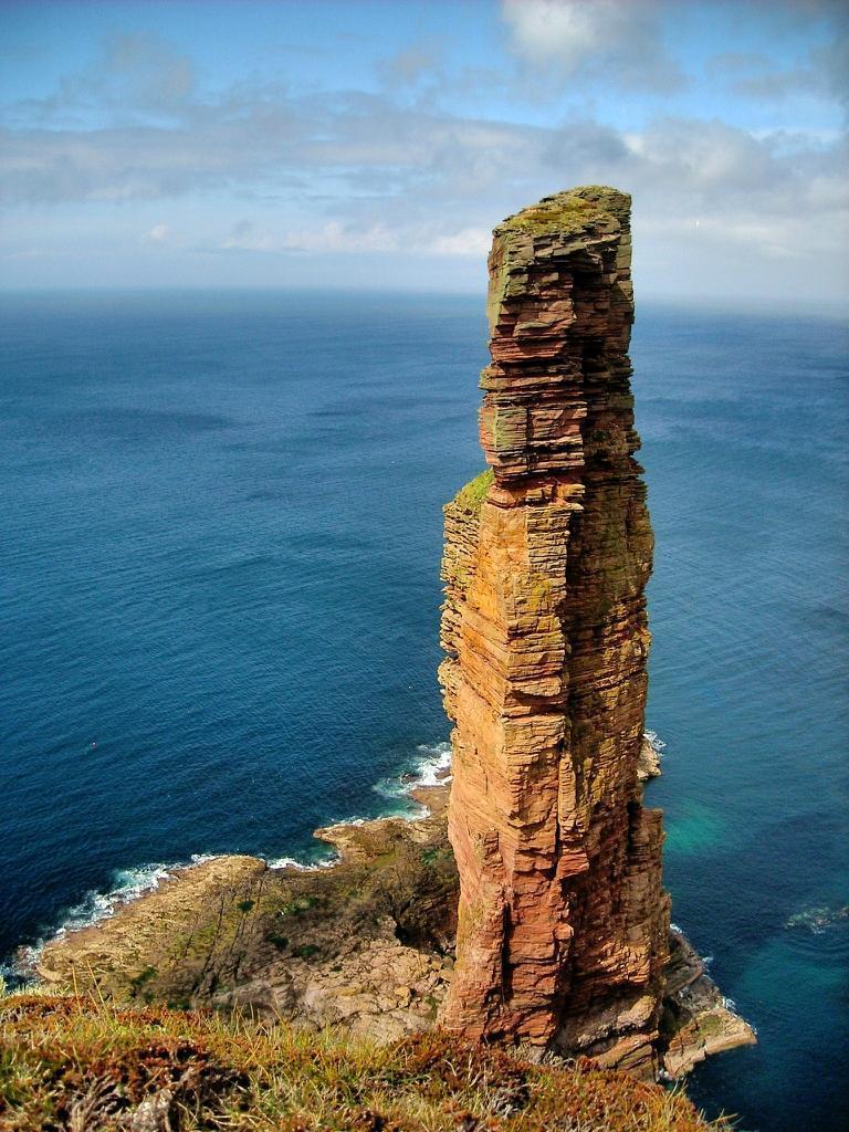 rocks06 Самые красивые и необычные морские скалы