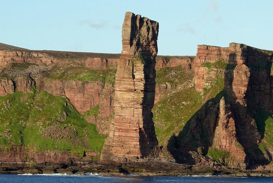 rocks07 Самые красивые и необычные морские скалы