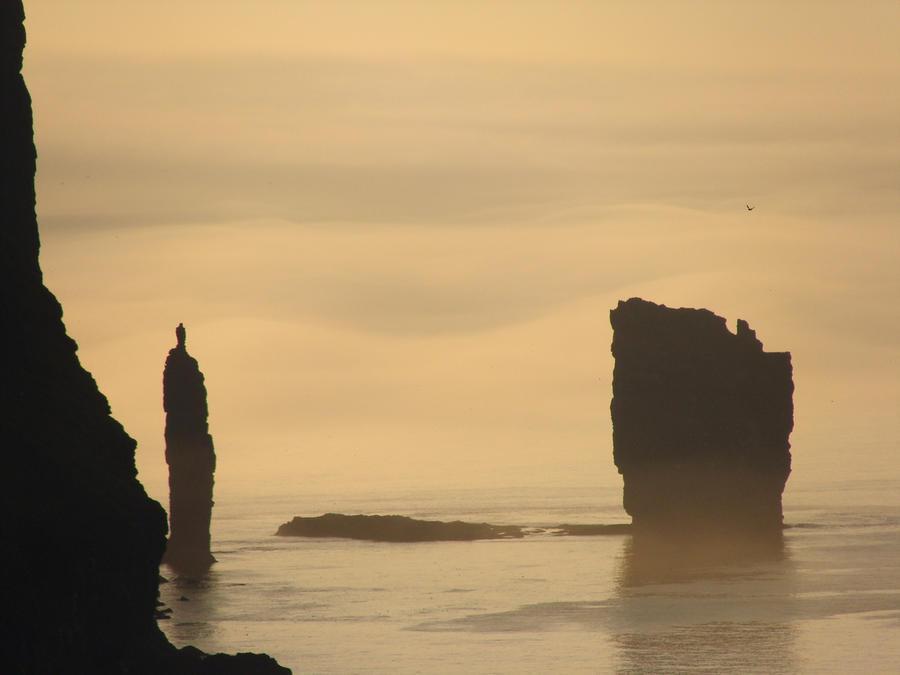 rocks10 Самые красивые и необычные морские скалы