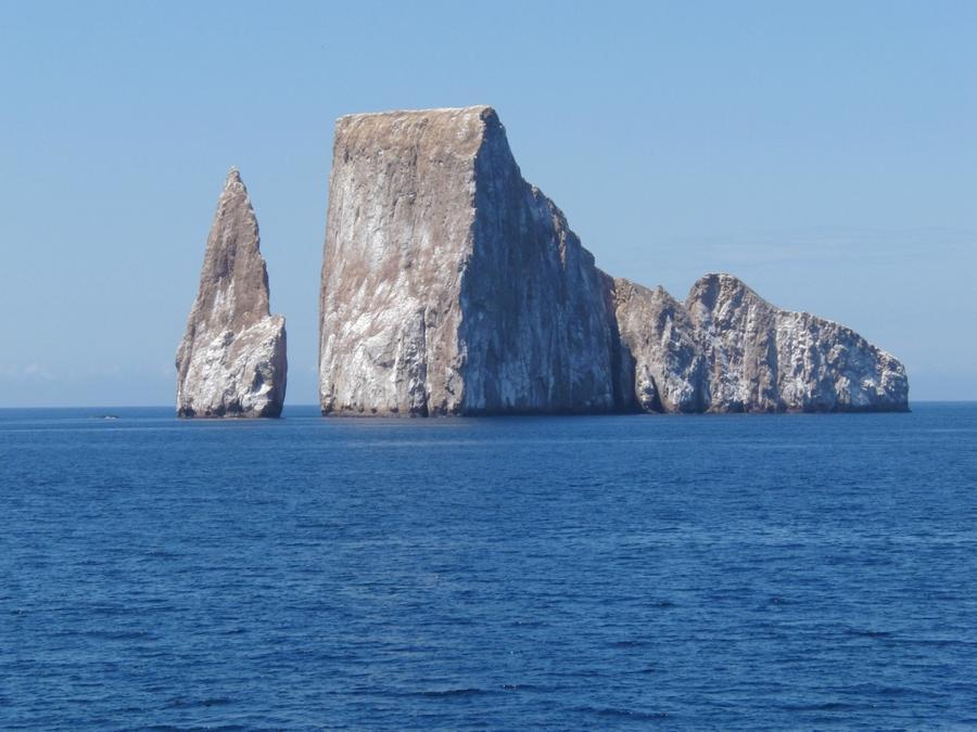 rocks11 Самые красивые и необычные морские скалы