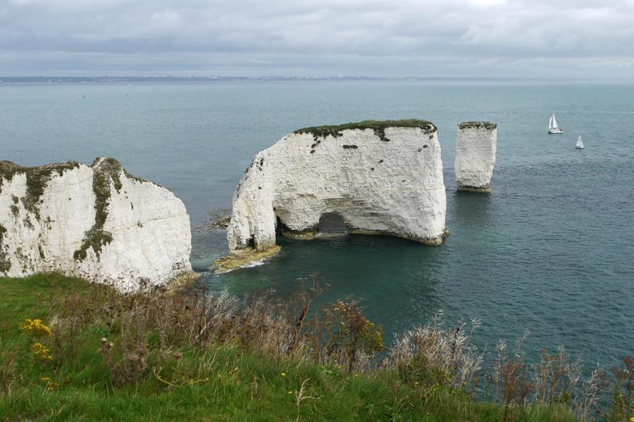 rocks21 Самые красивые и необычные морские скалы