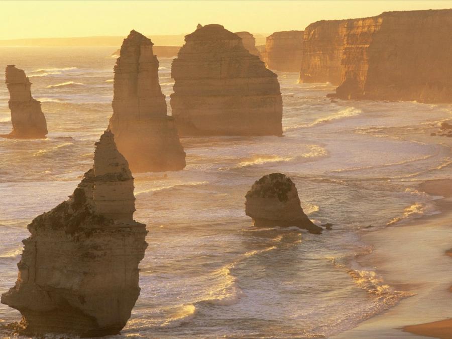 rocks24 Самые красивые и необычные морские скалы