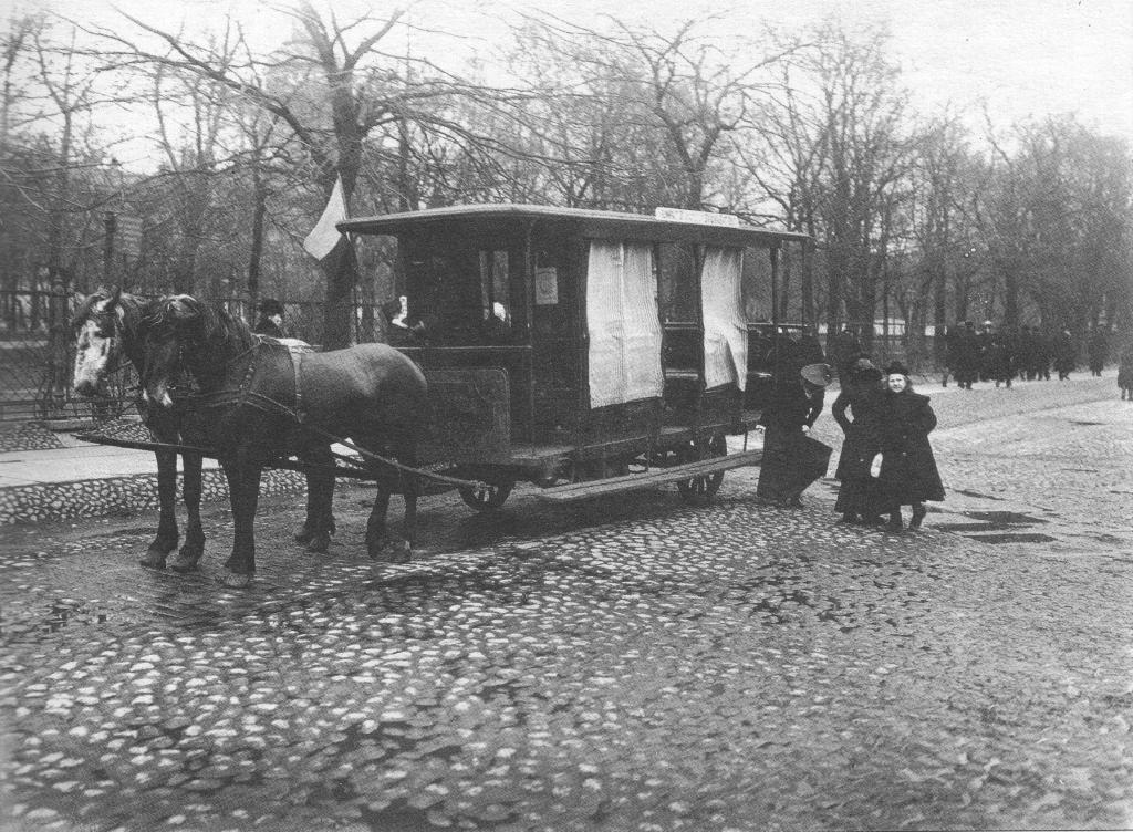 Транспорт Санкт-Петербурга начала 20 века. Sbppubtransp11