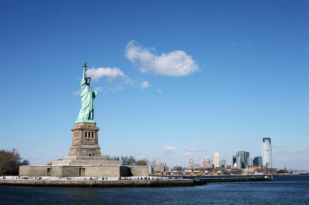 velichestvenniestatui 7 Топ 10 самых величественных  статуй мира