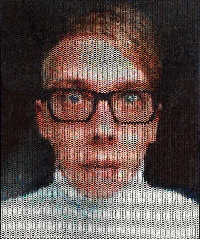 Pixelated01 Поразительные пиксельные портреты из упаковочной пленки