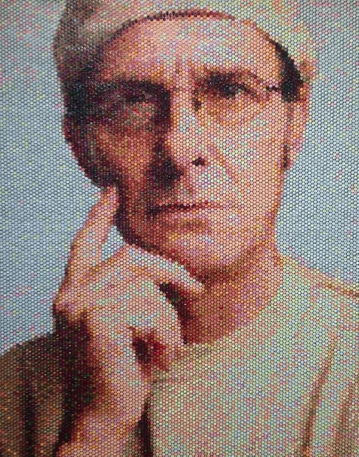 Pixelated06 Поразительные пиксельные портреты из упаковочной пленки
