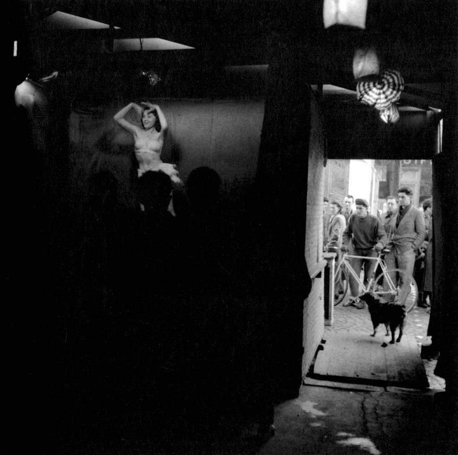 罗伯特DOISNEAU 16罗伯特Doisneau  - 在巴黎的照片的人,谁唱