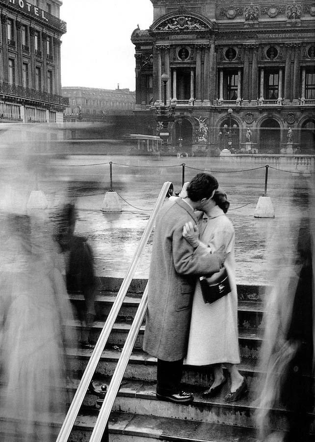 ROBERT DOISNEAU 17罗伯特Doisneau  - 在巴黎的照片的人,谁唱