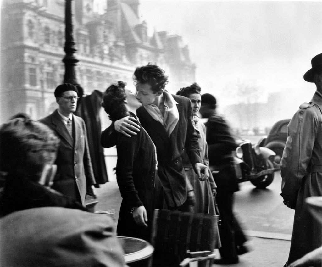 ROBERT DOISNEAU 19罗伯特Doisneau  - 在巴黎的照片的人,谁唱
