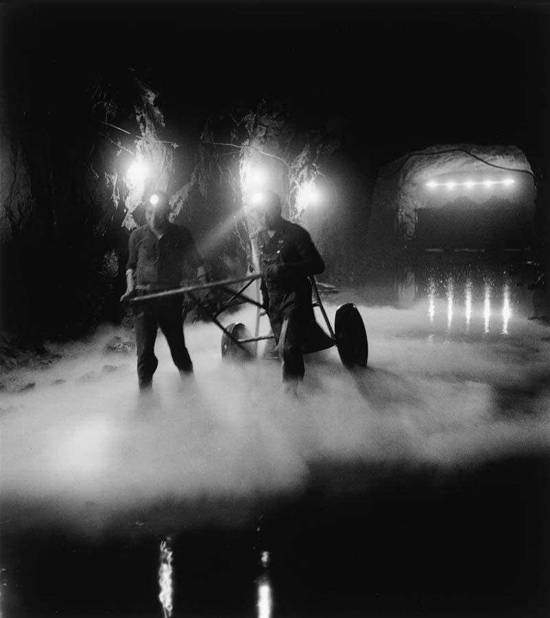 ROBERT DOISNEAU 20罗伯特Doisneau  - 在巴黎的照片的人,谁唱