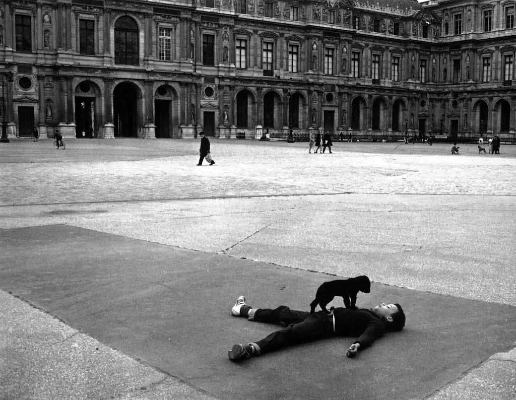 ROBERT DOISNEAU 23罗伯特Doisneau  - 在巴黎的照片的人,谁唱