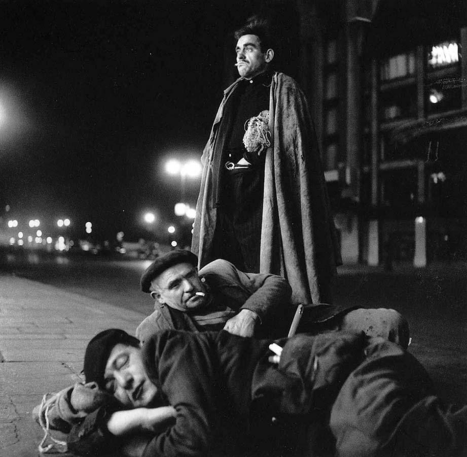 ROBERT DOISNEAU 26罗伯特Doisneau  - 在巴黎的照片的人,谁唱