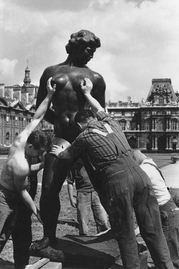 ROBERT DOISNEAU 8罗伯特Doisneau  - 在巴黎的照片的人,谁唱