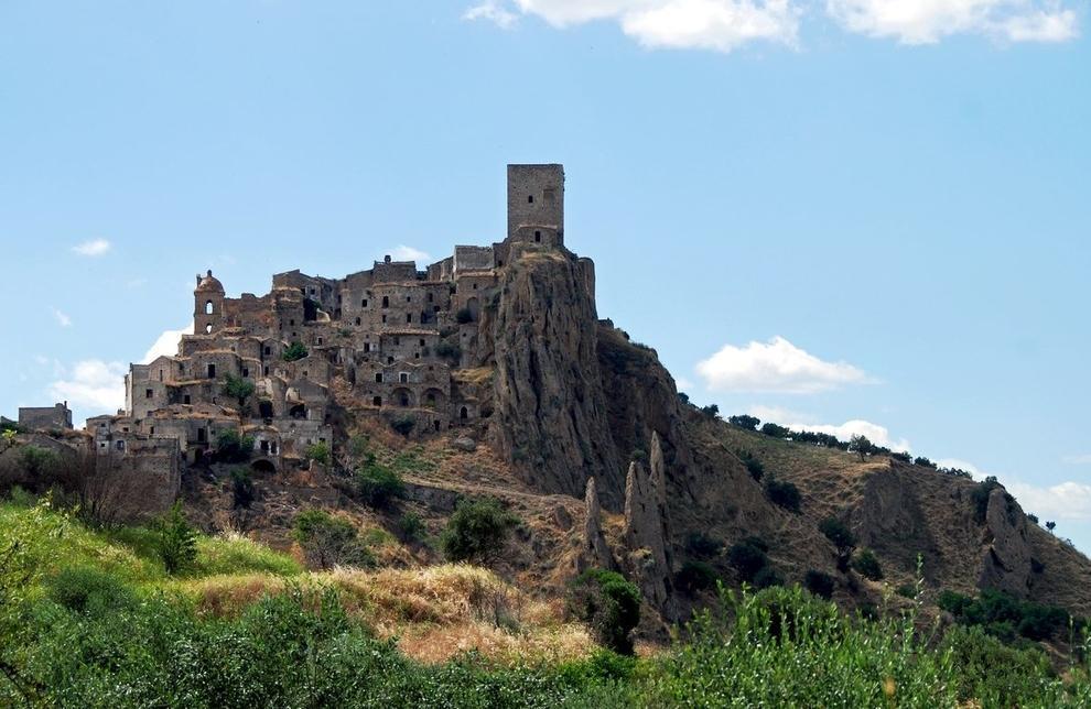 The 33 Most Beautiful Abandoned Places In The World 21 Самые красивые заброшенные места в мире