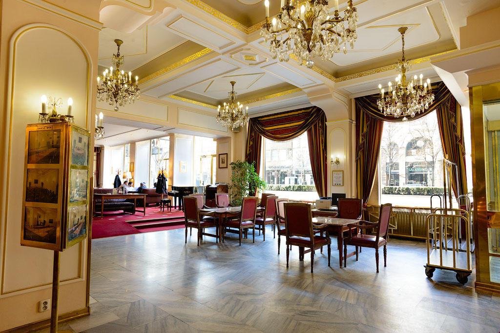 ambassador02 Пятерка необычных отелей Праги