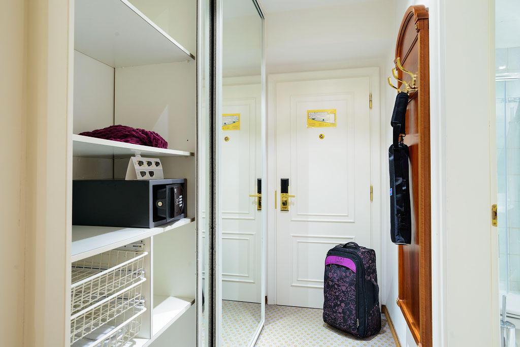 ambassador06 Пятерка необычных отелей Праги