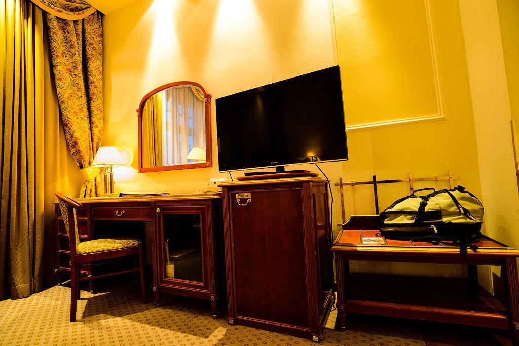 ambassador08 Пятерка необычных отелей Праги