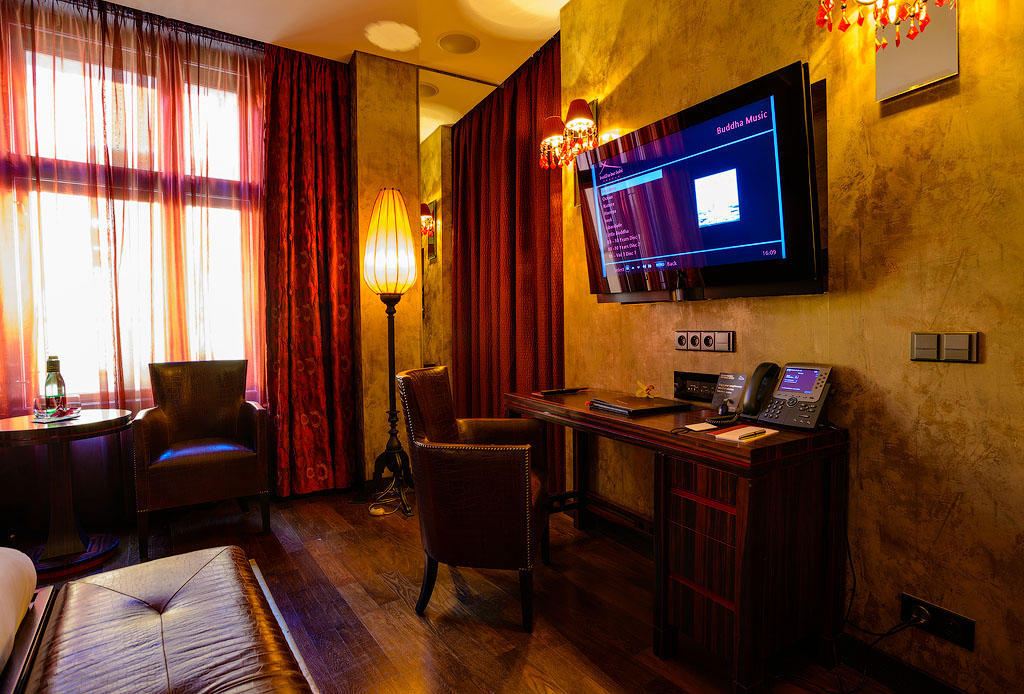 buddabarhotel06 Пятерка необычных отелей Праги