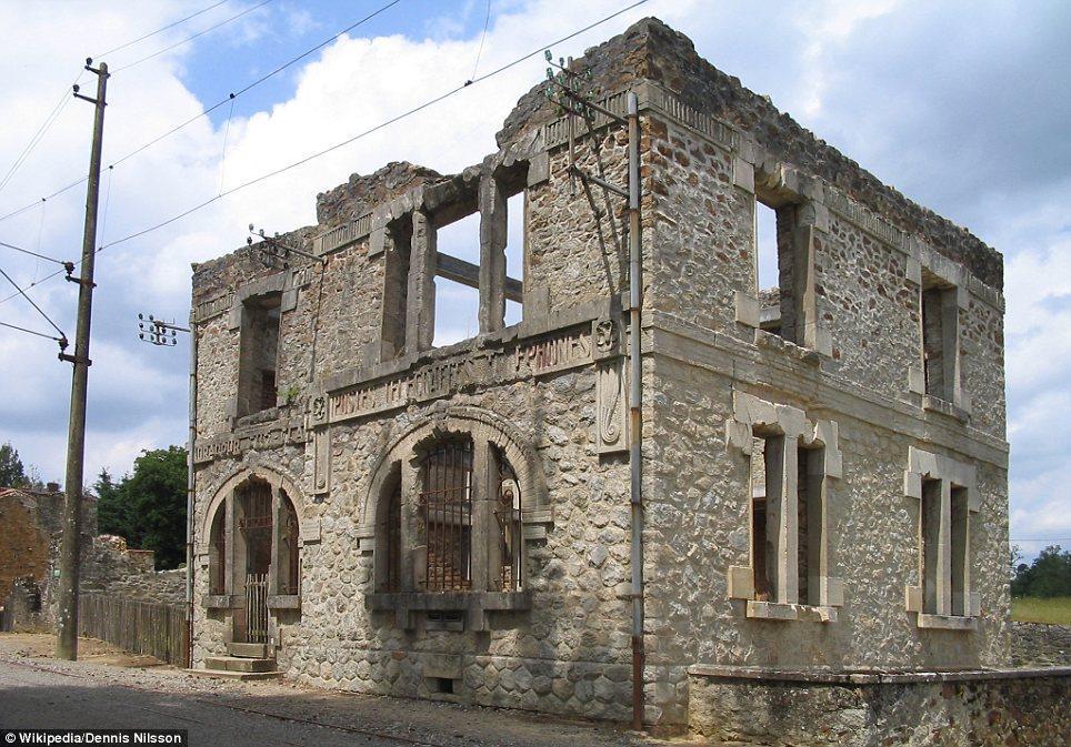haunting images of abandoned towns 8 Мир в руинах