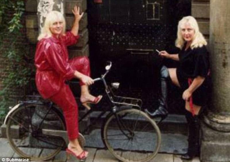 hookers05 Самые старые проститутки Амстердама ушли на пенсию