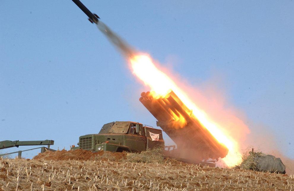 koreaivoennayamashina 10 Северная Корея привела ракеты в боевую готовность и целится в США